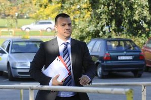 Minister hospodárstva Juraj Miškov pred časom ako prvý informoval o záujme spoločnosti Honeywell investovať na Slovensku.