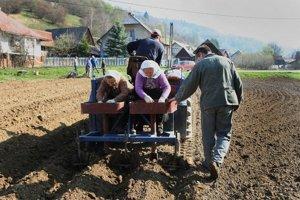 Štát určí, komu môžu vlastníci poľnohospodársku pôdu predať.