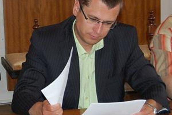 Prednosta Jozef Višňovský. Optimizmus stratil, mesto môže dostať z podielových daní o vyše 2 milióny eur menej ako vlani.