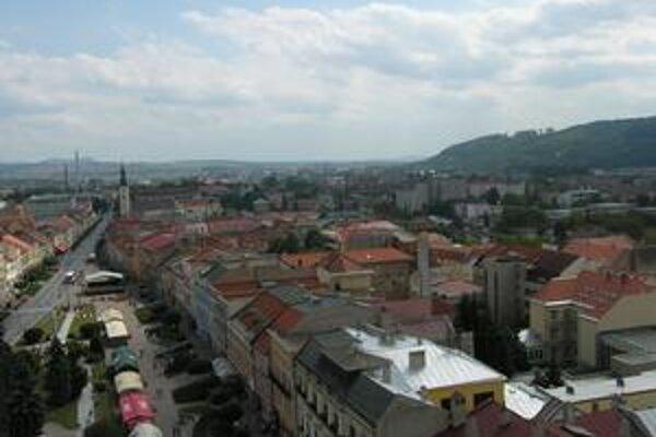 Výhľad z veže. Mesto vidno ako na dlani.