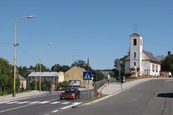 V Giraltovciach žije 800-členná rómska komunita.