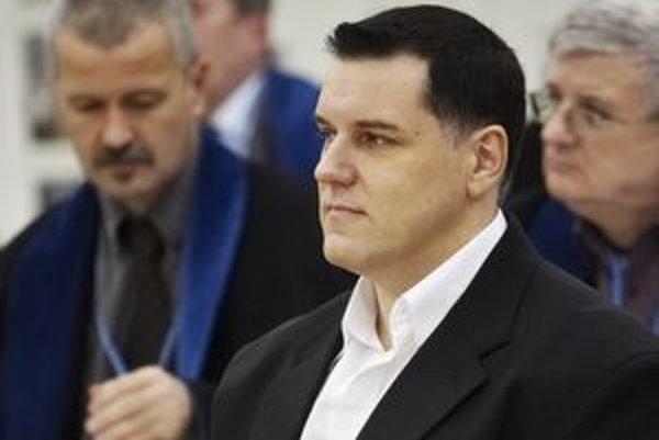 Mikulášovi Černákovi navrhli najprísnejší trest.