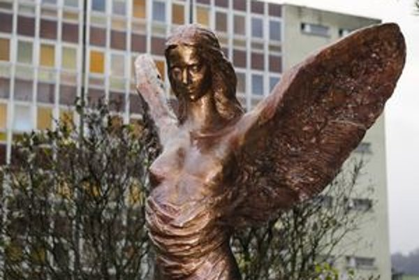 Okolo podoby pamätnej sochy sa viedli búrlivé diskusie.