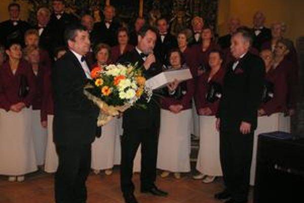 Bodkou za nádherným koncertom bola slávnostná recepcia v kaštieli.