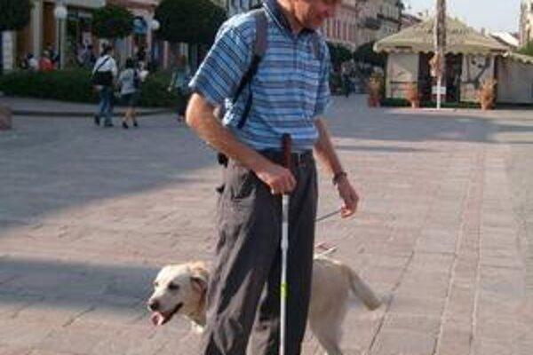 Vodiace psy. Ich majitelia, zdravotne postihnutí a dôchodcovia sú od poplatkov oslobodení.