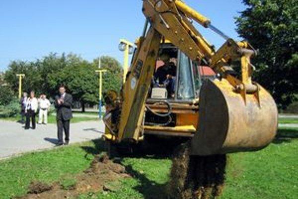 Takto pred vyše tromi rokmi, 12. septembra 2006, spúšťali projekt vo Vranove.