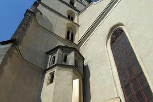 Prešovčania si budú môcť vypočuť Tichú noc priamo z veže konkatedrály sv. Mikuláša.
