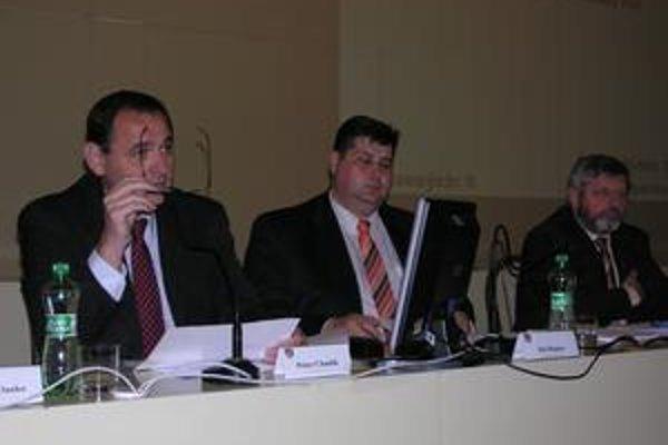 Predseda PSK Peter Chudík. Vyrovnanie cirkevných a súkromných zariadení so zariadeniami v pôsobnosti PSK vyžaduje z rozpočtu navyše 247-tisíc eur