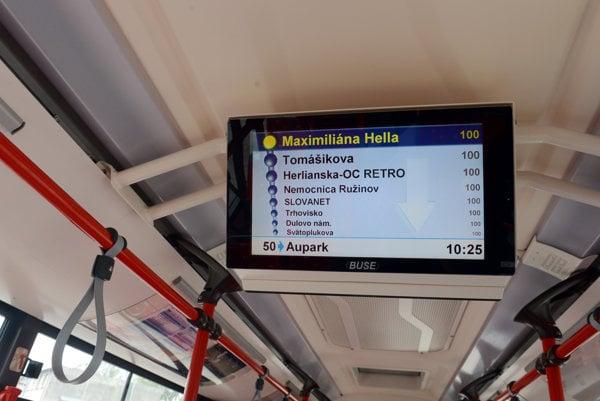 Informačné obrazovky v spojoch MHD nie vždy fungujú tak, ako by mali.