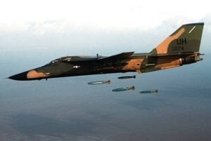 Dôležitú úlohu  v plánoch NATO zohrávali  útočné lietadlá F-111 Aardvark.