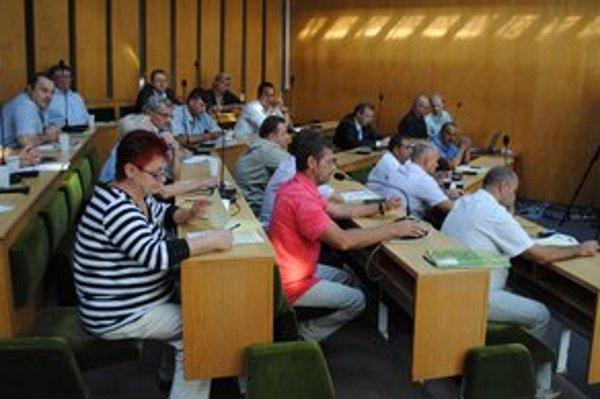 Mesto Trebišov. Poslanci odsúhlasili predaj tepelného hospodárstva súkromnej firme za vyše 4,8 milióna eur.