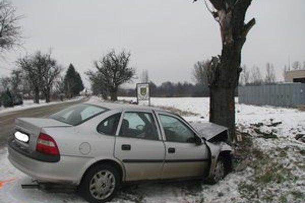 Tragická nehoda si vyžiadala mladý život.