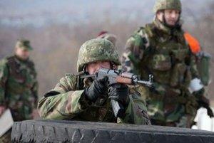 Vojaci v akcii.