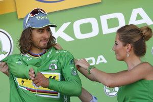 Za každý jeden deň v zelenom drese zinkasuje Peter Sagan tristo eur.