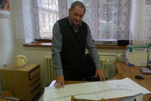 Peter Tuleja. Vedúci oddelenia výstavby, územného plánovania a životného prostredia.