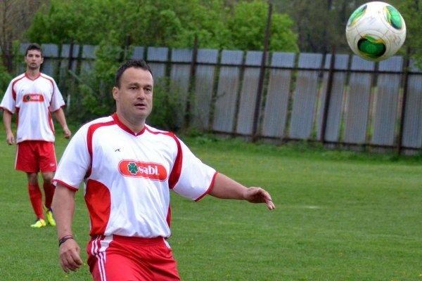 Marek Andraščík. Futbal mu pomohol vyhrať nad rakovinou.