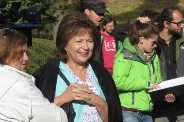Z natáčania. Emília Vášáryová stvárňuje hlavnú postavu.