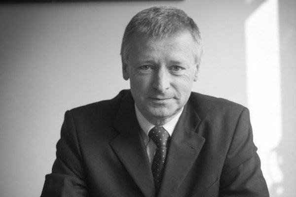 Vladimír Jakabčin. Zomrel vo veku 59 rokov.