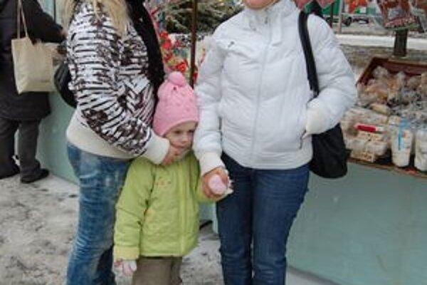 Gabiky a Kristínka Huňadyové na trhoch kupovali posledné darčeky.