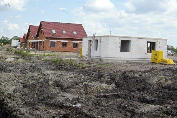 Ekonómovia hovoria, že podpora stavebného sporenia mala význam, keď nebol rozvinutý trh s hypotékami.