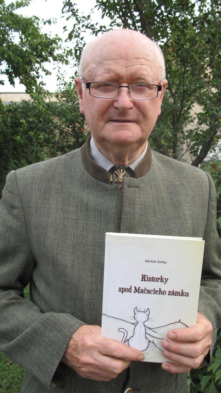 Kniha Historky spod Mačacieho zámku vyšla k 75. narodeninám Imricha Točku.