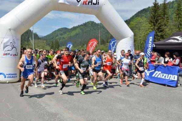 Na trať dlhú 10 km sa vydalo 221 pretekárov.
