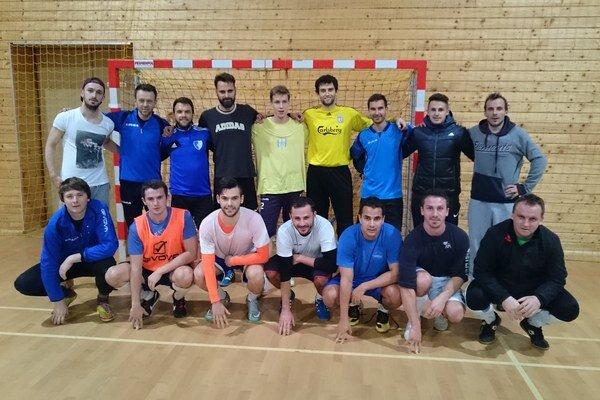 V telocvični. Aj keď sa oficiálne začala zimná príprava MFK Rožňava vjanuári, futbalisti sa vtelocvični stretávali už vdecembri.