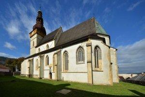 Kostol v Štítniku. V čase jeho postavenia patril kdominantám vokolí.