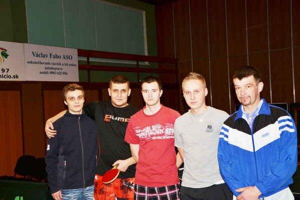 STK Gemerská Poloma B. V zápase s Rožňavou F hrali v zostave, zľava J. Trojan, M. Ďurán, M. Černický, M. Trojan a O. Romok.