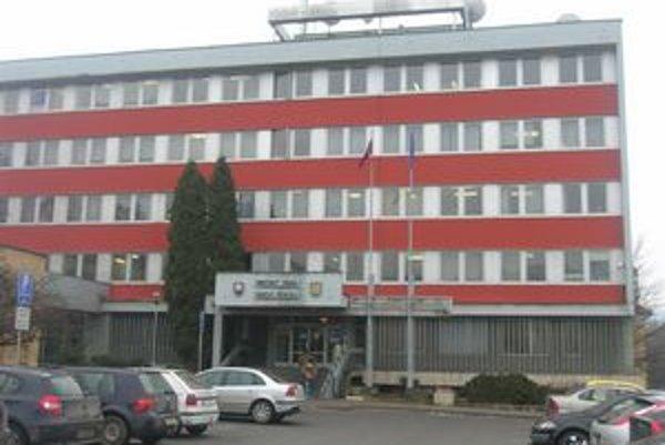 Mestský úrad Rožňava. Za posledné mesiace nedostali ani jednu žiadosť o pomoc v hmotnej núdzi.