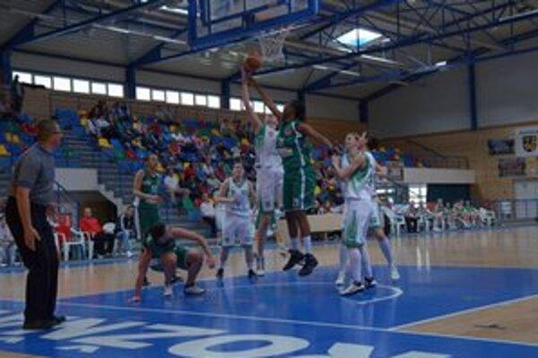 Pre rožňavské basketbalistky je aktuálna sezóna už minulosťou.