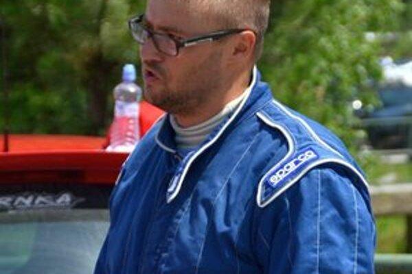 Jazdec Peter Herdický.