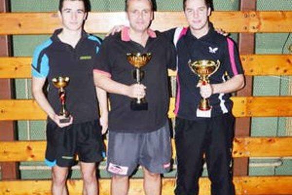 Stupeň víťazov. Trojica najlepších na Top 12 2012.