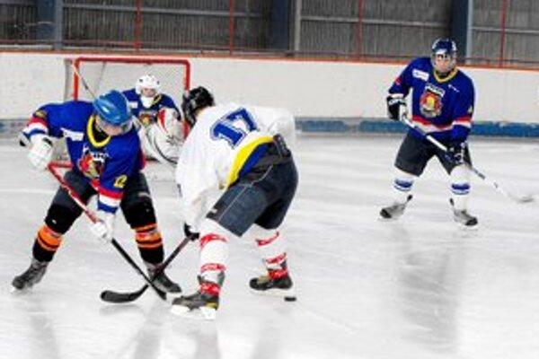Rožňavskí juniori nastúpili doma proti Sabinovu.