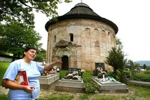 Rotunda sv. Margity v Šiveticiach je jedinečnou pamiatkou minimálne v rámci celého Slovenska.