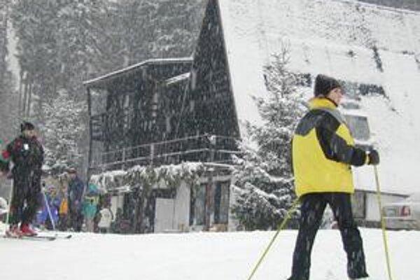 Dostatok snehu. Prevádzkovatelia stredísk sa z neho tešili po niekoľkých neúspešných rokoch.