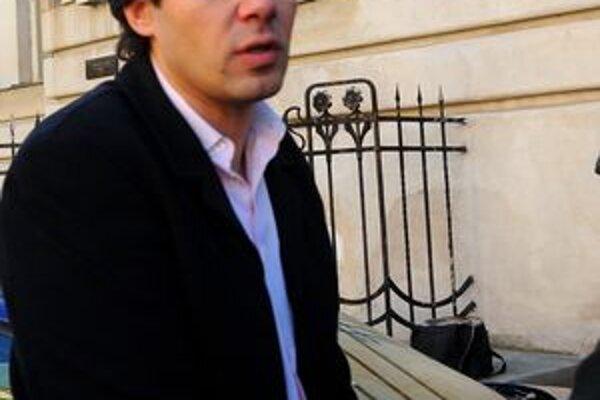 Ladislav Dubovský ostáva vo väzbe napriek opakovaným žiadostiam o prepustenie.