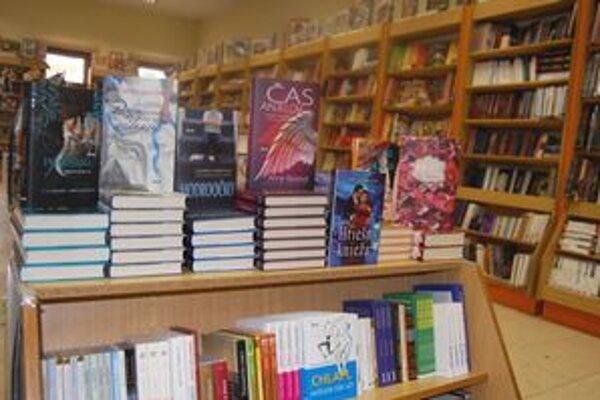 Knihy. Pre zákazníkov je dôležitý preklad, kvalita vydania a učia to aj deti.