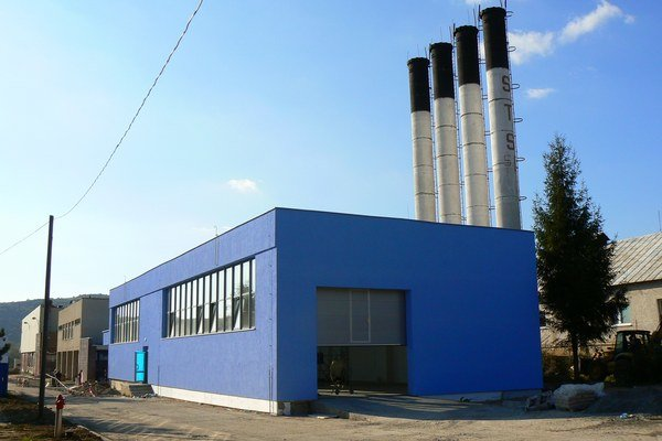 Výrobná hala. V stropkovskom priemyselnom parku stavajú nový závod.