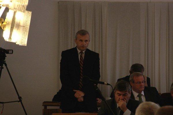 Mikuláš Serečun predložil návrh zmeny taríf.