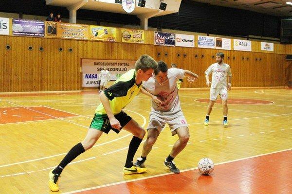 Začali druhú ligu. Futsalisti Bardejova porazili v premiére Vranov.