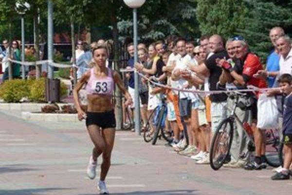 Ingrid Petnuchová. Víťazka v kategórii žien Dukelského behu mieru má tento rok za sebou desaťročnicu profesionálneho pôsobenia.