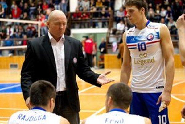 Tréner Jaroslav Vlk.