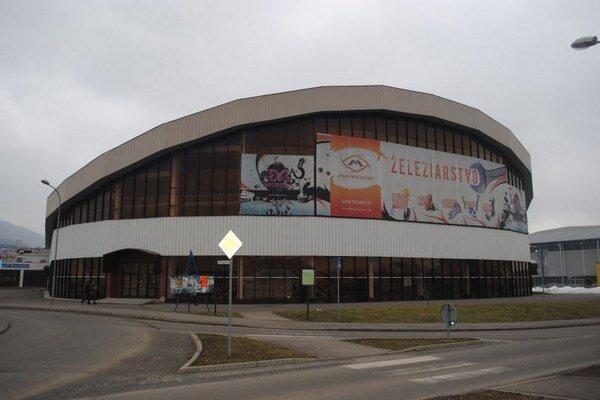 Zimný štadión v Humennom. Je mimo prevádzky.