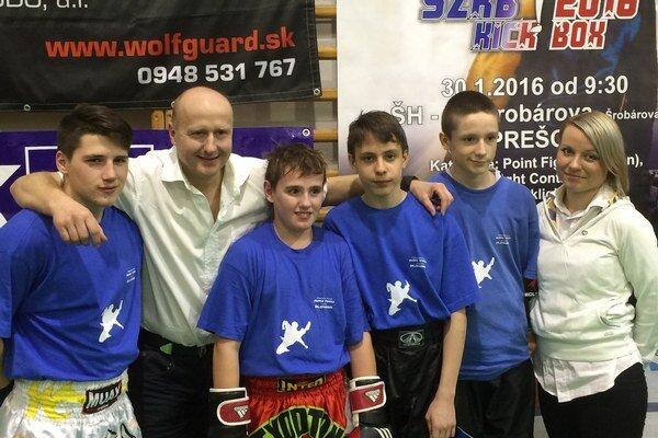 Humenskí kickboxeri na turnaji vPrešove.
