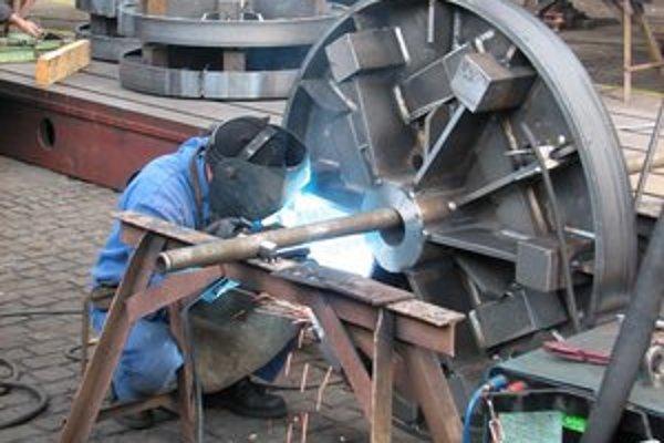 Jednou z firiem, ktorú môže nová vláda podporiť stimulom,je Tatravagónka. Plánuje vytvoriť 300 miest.