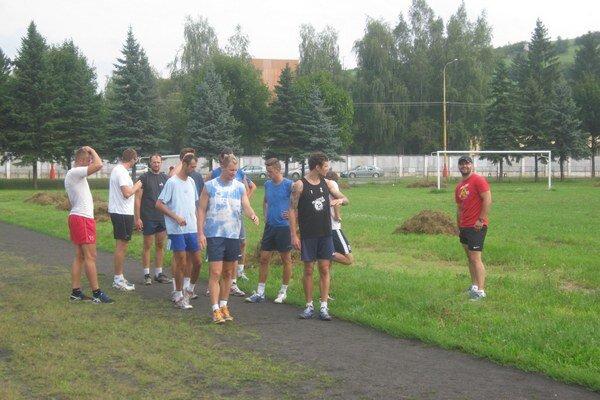 Víťazní chemesáci. Turnajovú letnú prípravu začali triumfom v Bučoviciach.