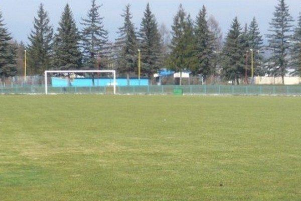 Futbalový štadión vo Svidníku je opäť treťoligový.