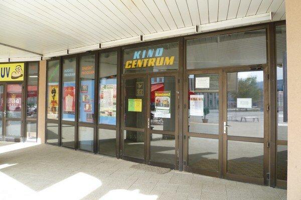 Kino Centrum nemá čo premietať.
