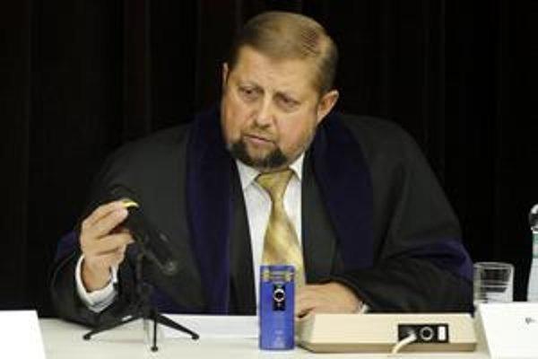 V otázke odškodnenia pre Štefana Harabina sa krajský a Ústavný súd nezhodli.
